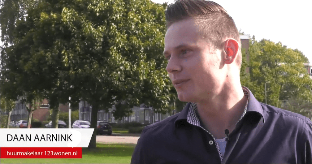 123Wonen makelaar Daan Aarnink in gesprek met Stentor-verslaggeefster Harmke over huren